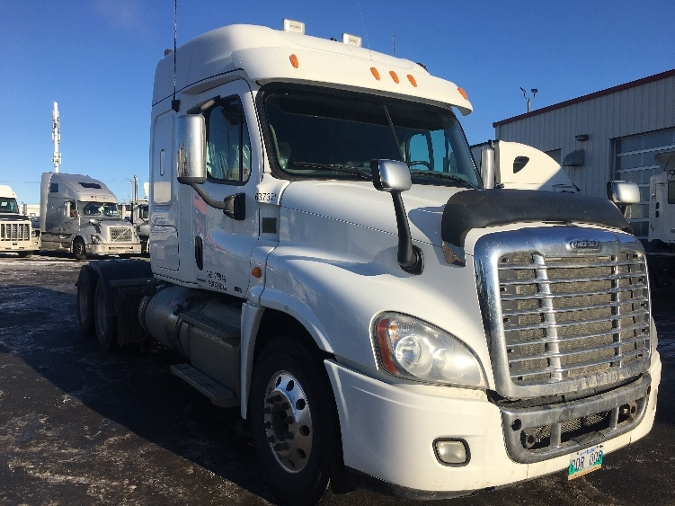 Sleeper Tractor-Heavy Duty Tractors-Freightliner-2012-Cascadia 12564ST-CALGARY-AB-830,117 km-$31,250