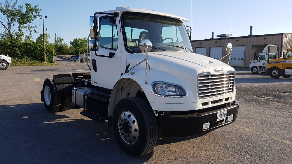 Day Cab Tractor-Heavy Duty Tractors-Freightliner-2012-M2-MONTREAL-PQ-165,003 km-$39,500