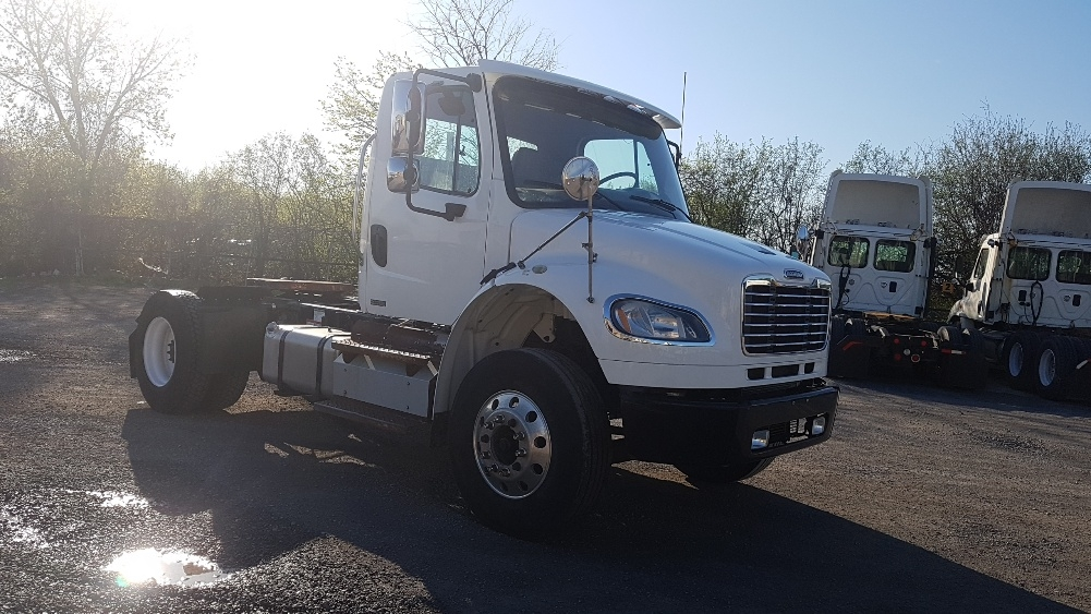 Day Cab Tractor-Heavy Duty Tractors-Freightliner-2012-M2-MONTREAL-PQ-165,552 km-$39,500
