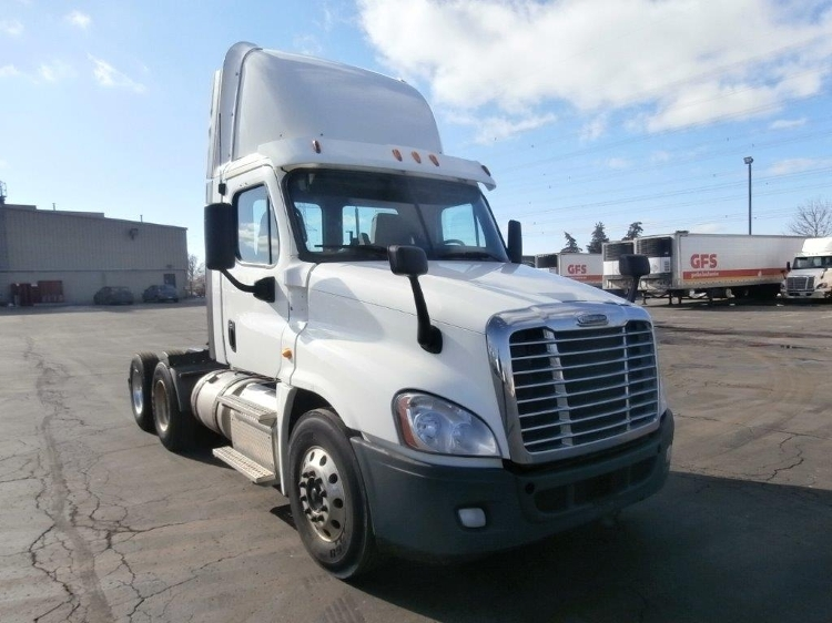Day Cab Tractor-Heavy Duty Tractors-Freightliner-2013-Cascadia 12564ST-MISSISSAUGA-ON-411,790 km-$68,250