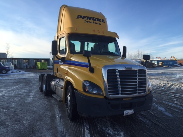 Day Cab Tractor-Heavy Duty Tractors-Freightliner-2013-Cascadia 12564ST-EDMONTON-AB-323,846 km-$55,000