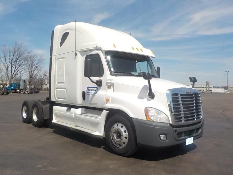 Sleeper Tractor-Heavy Duty Tractors-Freightliner-2013-Cascadia 12564ST-STE-FOY-PQ-907,490 km-$51,500