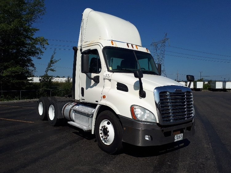 Day Cab Tractor-Heavy Duty Tractors-Freightliner-2012-Cascadia 11364ST-STE-FOY-PQ-544,756 km-$37,500