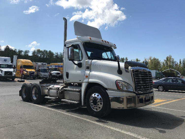 Day Cab Tractor-Heavy Duty Tractors-Freightliner-2012-Cascadia 12564ST-ABBOTSFORD-BC-341,500 km-$46,000