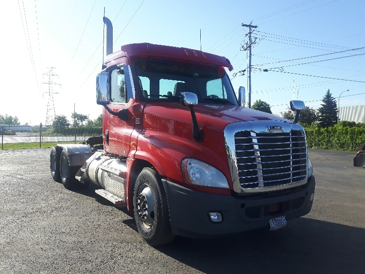 Day Cab Tractor-Heavy Duty Tractors-Freightliner-2012-Cascadia 12564ST-SAINT LAURENT-PQ-594,354 km-$39,250