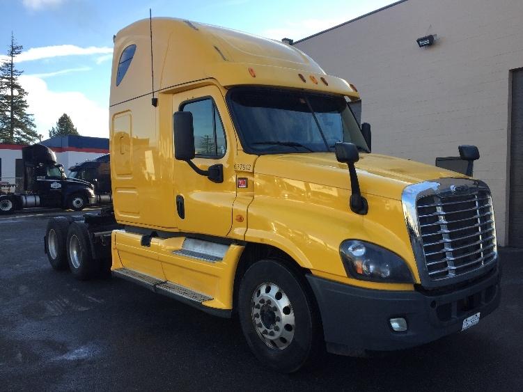 Sleeper Tractor-Heavy Duty Tractors-Freightliner-2013-Cascadia 12564ST-DELTA-BC-791,333 km-$51,000