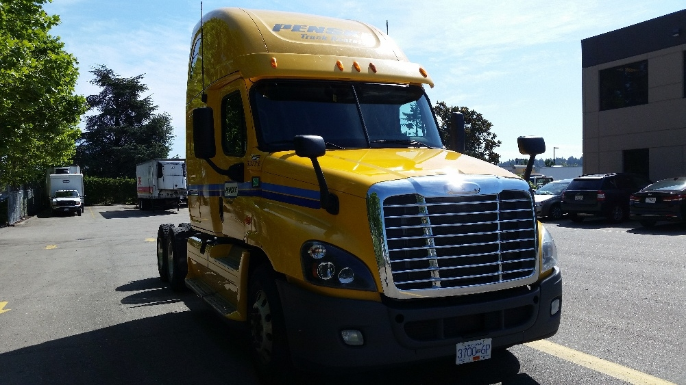 Sleeper Tractor-Heavy Duty Tractors-Freightliner-2013-Cascadia 12564ST-SURREY-BC-938,207 km-$50,250