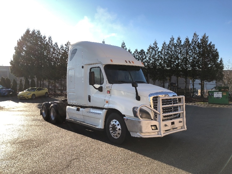Sleeper Tractor-Heavy Duty Tractors-Freightliner-2013-Cascadia 12564ST-DELTA-BC-959,023 km-$42,250