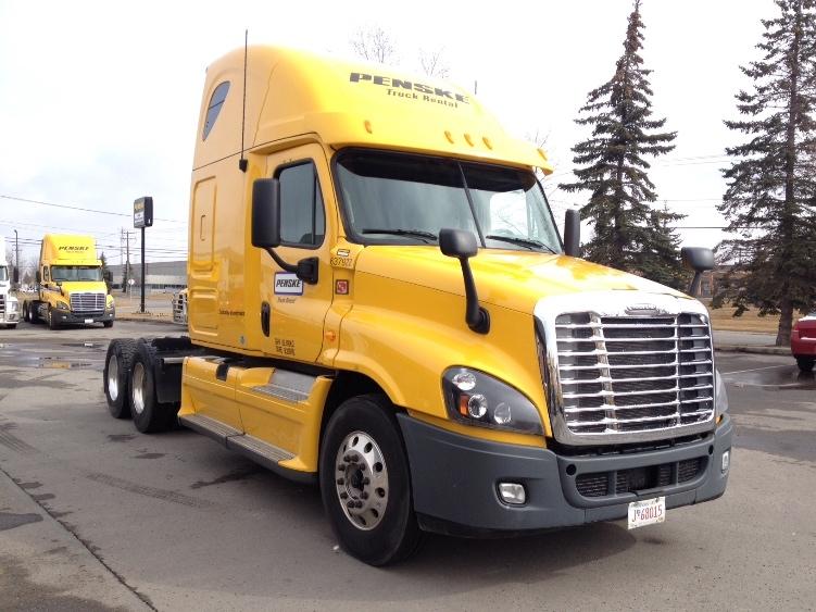 Sleeper Tractor-Heavy Duty Tractors-Freightliner-2013-Cascadia 12564ST-EDMONTON-AB-882,385 km-$53,500