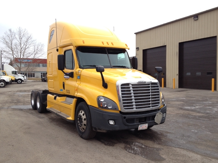 Sleeper Tractor-Heavy Duty Tractors-Freightliner-2013-Cascadia 12564ST-CALGARY-AB-640,151 km-$62,500