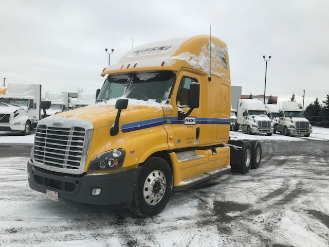 Sleeper Tractor-Heavy Duty Tractors-Freightliner-2013-Cascadia 12564ST-MISSISSAUGA-ON-728,463 km-$60,000