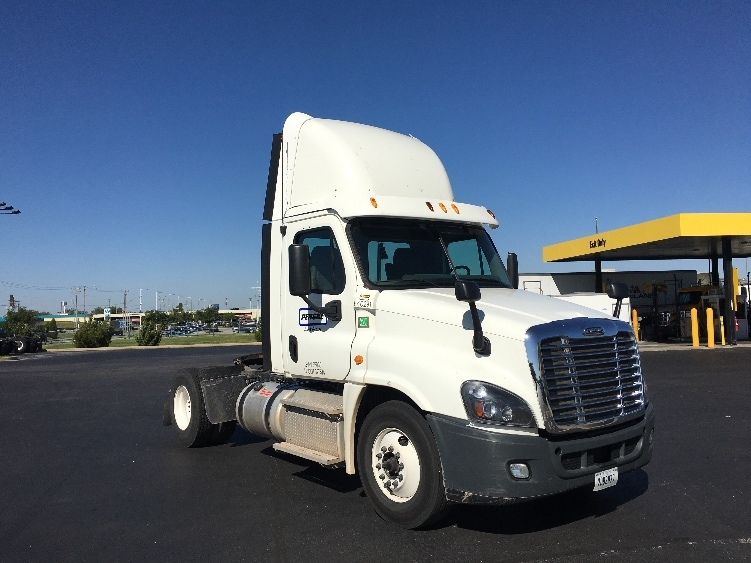 Day Cab Tractor-Heavy Duty Tractors-Freightliner-2013-Cascadia 12542ST-OKLAHOMA CITY-OK-211,730 miles-$52,500