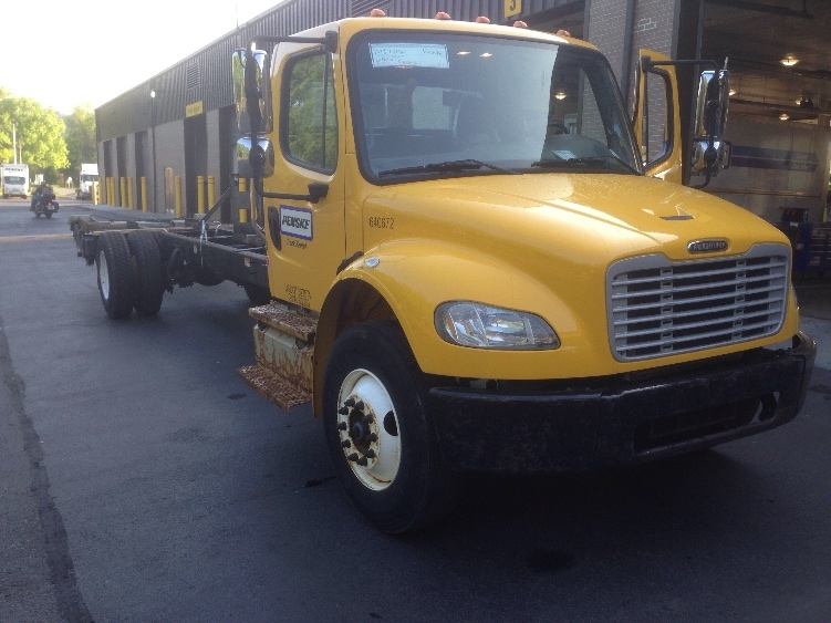Cab and Chassis Truck-Light and Medium Duty Trucks-Freightliner-2013-M2-ELK GROVE VILLAGE-IL-241,914 miles-$27,250