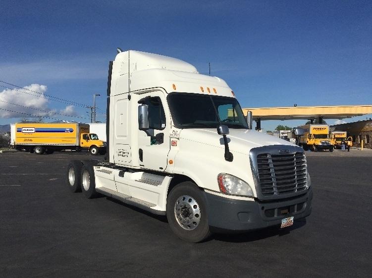 Sleeper Tractor-Heavy Duty Tractors-Freightliner-2012-Cascadia 12564ST-WEST VALLEY CITY-UT-559,256 miles-$39,750