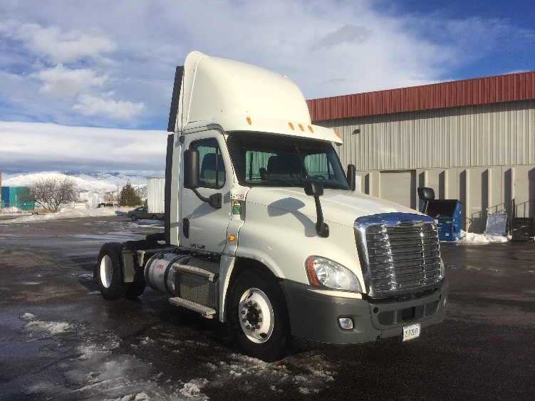 Day Cab Tractor-Heavy Duty Tractors-Freightliner-2013-Cascadia 12542ST-BOISE-ID-432,682 miles-$52,750