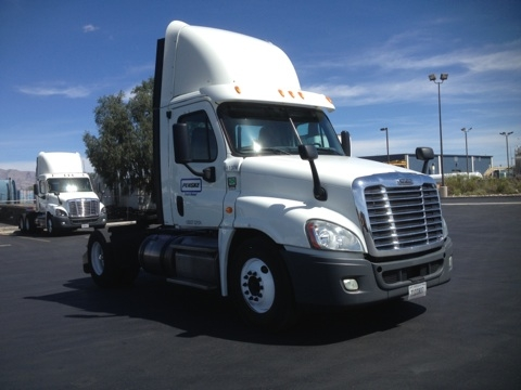 Day Cab Tractor-Heavy Duty Tractors-Freightliner-2013-Cascadia 12542ST-LAS VEGAS-NV-83,333 miles-$61,000