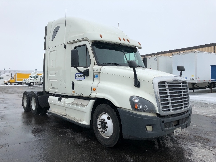 Sleeper Tractor-Heavy Duty Tractors-Freightliner-2013-Cascadia 12564ST-LINCOLN-NE-704,834 miles-$14,000