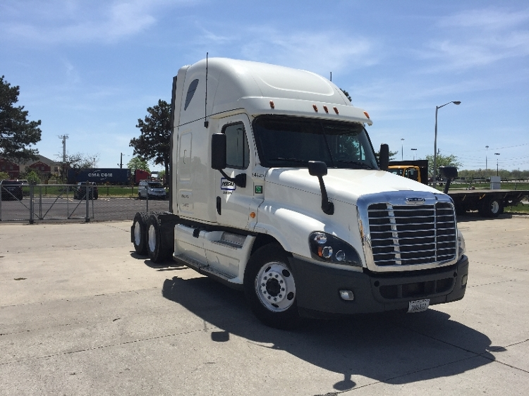 Sleeper Tractor-Heavy Duty Tractors-Freightliner-2013-Cascadia 12564ST-CHESTER-VA-505,854 miles-$44,500