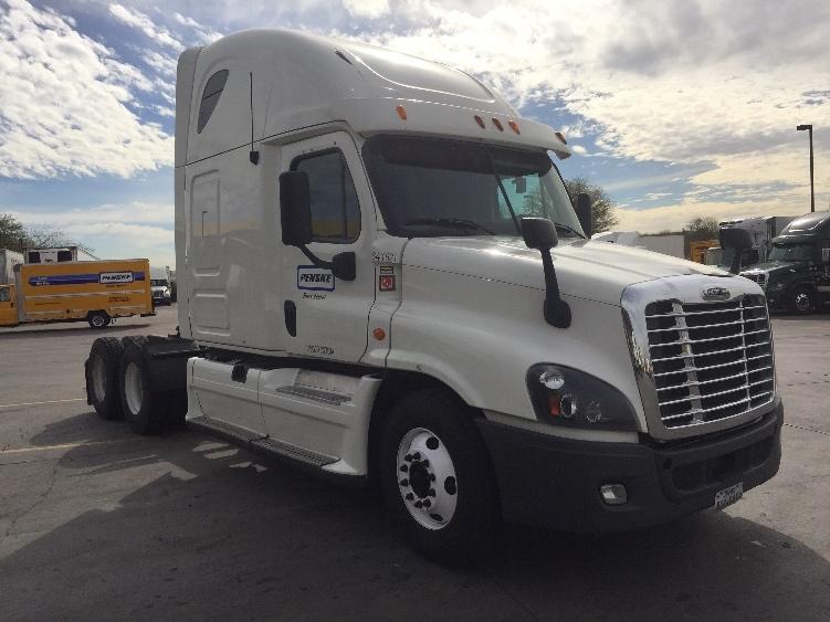 Sleeper Tractor-Heavy Duty Tractors-Freightliner-2013-Cascadia 12564ST-DENVER-CO-649,351 miles-$41,250