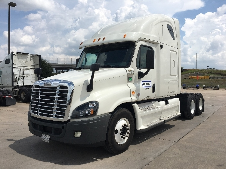 Sleeper Tractor-Heavy Duty Tractors-Freightliner-2013-Cascadia 12564ST-FORT WORTH-TX-432,942 miles-$50,750