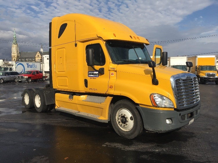 Sleeper Tractor-Heavy Duty Tractors-Freightliner-2013-Cascadia 12564ST-SPRINGFIELD-MO-482,186 miles-$46,750