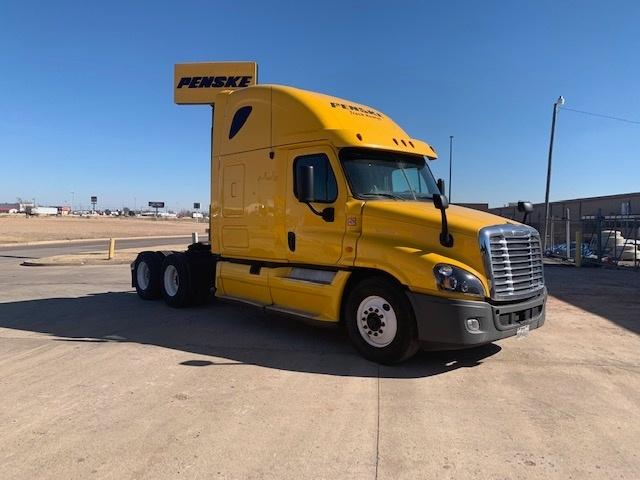 Sleeper Tractor-Heavy Duty Tractors-Freightliner-2013-Cascadia 12564ST-OKLAHOMA CITY-OK-720,525 miles-$33,000