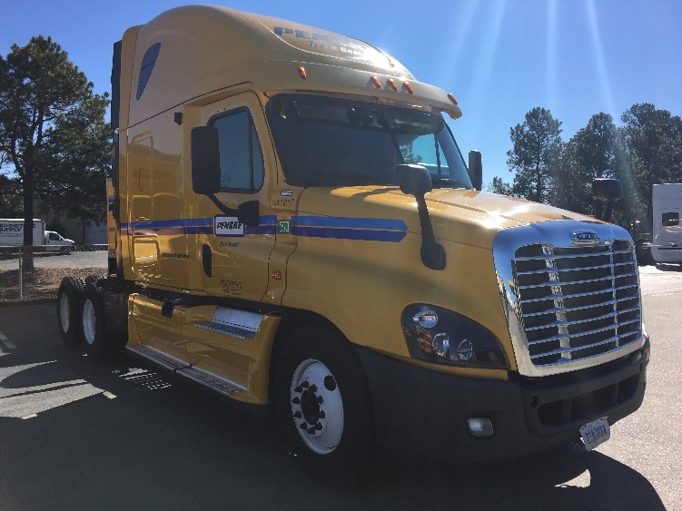 Sleeper Tractor-Heavy Duty Tractors-Freightliner-2013-Cascadia 12564ST-LOWELL-AR-533,354 miles-$47,500