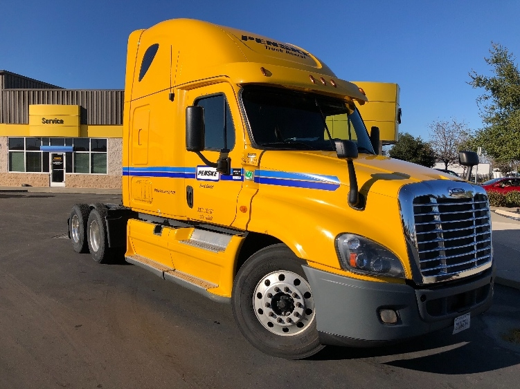 Sleeper Tractor-Heavy Duty Tractors-Freightliner-2013-Cascadia 12564ST-LAS VEGAS-NV-638,562 miles-$49,750