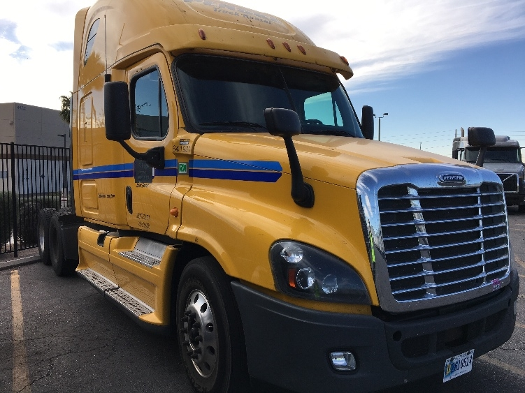 Sleeper Tractor-Heavy Duty Tractors-Freightliner-2013-Cascadia 12564ST-NORTH LAS VEGAS-NV-535,600 miles-$48,500