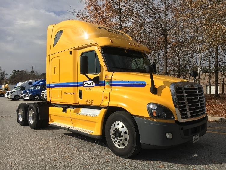 Sleeper Tractor-Heavy Duty Tractors-Freightliner-2013-Cascadia 12564ST-ATLANTA-GA-478,082 miles-$48,500