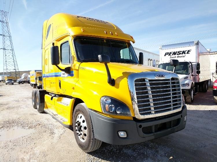 Sleeper Tractor-Heavy Duty Tractors-Freightliner-2013-Cascadia 12564ST-GADSDEN-AL-550,350 miles-$46,000