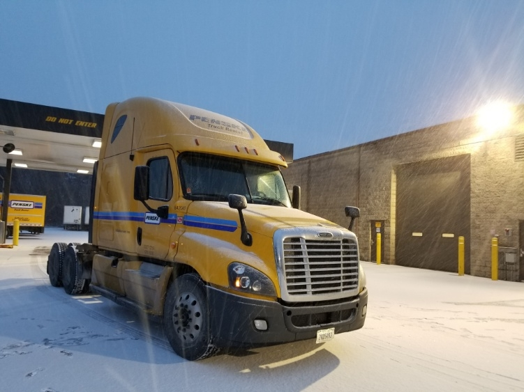 Sleeper Tractor-Heavy Duty Tractors-Freightliner-2013-Cascadia 12564ST-PEWAUKEE-WI-612,429 miles-$39,500