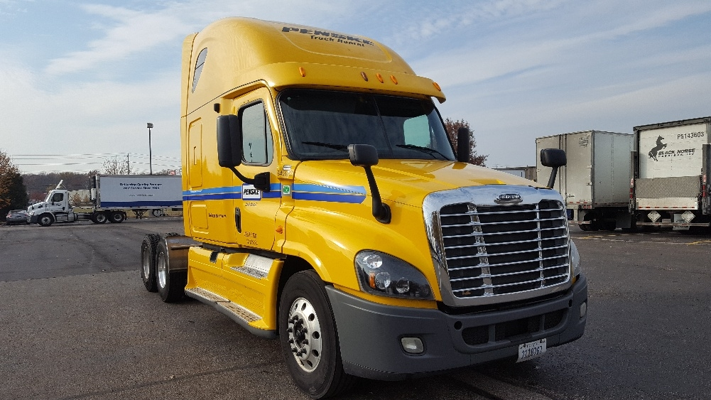 Sleeper Tractor-Heavy Duty Tractors-Freightliner-2013-Cascadia 12564ST-MEMPHIS-TN-599,138 miles-$45,000