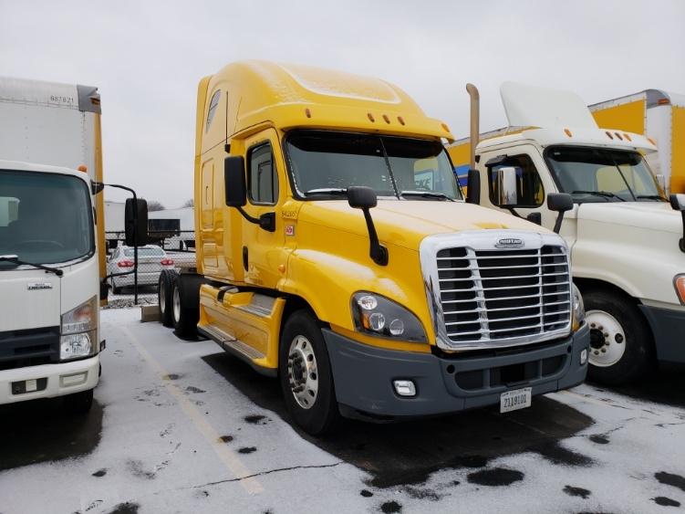 Sleeper Tractor-Heavy Duty Tractors-Freightliner-2013-Cascadia 12564ST-WARREN-MI-644,199 miles-$39,750