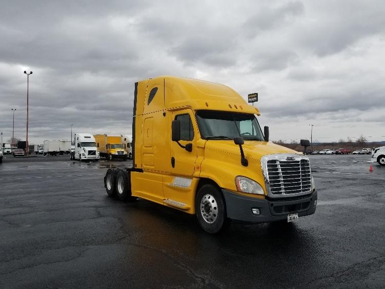 Sleeper Tractor-Heavy Duty Tractors-Freightliner-2013-Cascadia 12564ST-TAMPA-FL-560,036 miles-$42,250