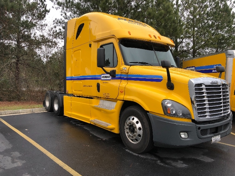 Sleeper Tractor-Heavy Duty Tractors-Freightliner-2013-Cascadia 12564ST-WEST COLUMBIA-SC-589,453 miles-$45,250