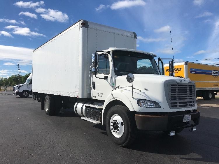 Medium Duty Box Truck-Heavy Duty Tractors-Freightliner-2012-M211242S-SHREVEPORT-LA-539,919 miles-$28,500