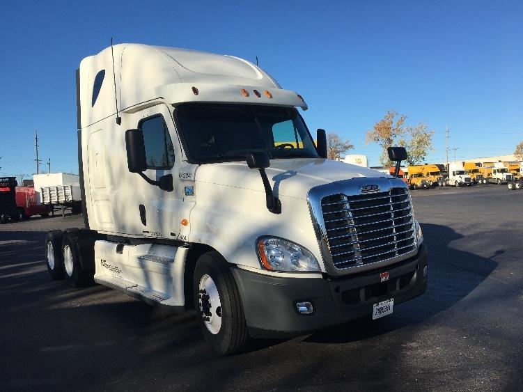 Sleeper Tractor-Heavy Duty Tractors-Freightliner-2013-Cascadia 12564ST-BUFFALO-NY-476,495 miles-$48,250