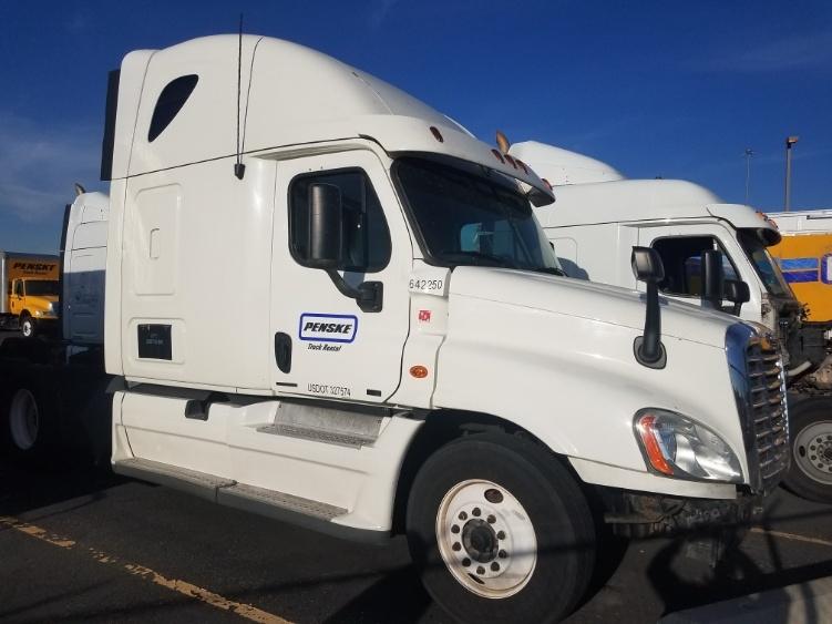 Sleeper Tractor-Heavy Duty Tractors-Freightliner-2013-Cascadia 12564ST-WEST VALLEY CITY-UT-706,206 miles-$13,750