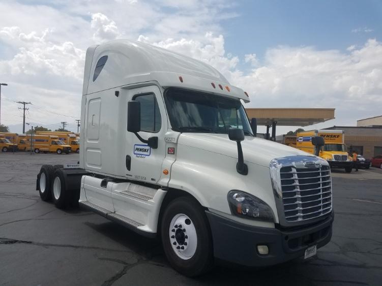 Sleeper Tractor-Heavy Duty Tractors-Freightliner-2013-Cascadia 12564ST-ALBUQUERQUE-NM-675,367 miles-$33,000