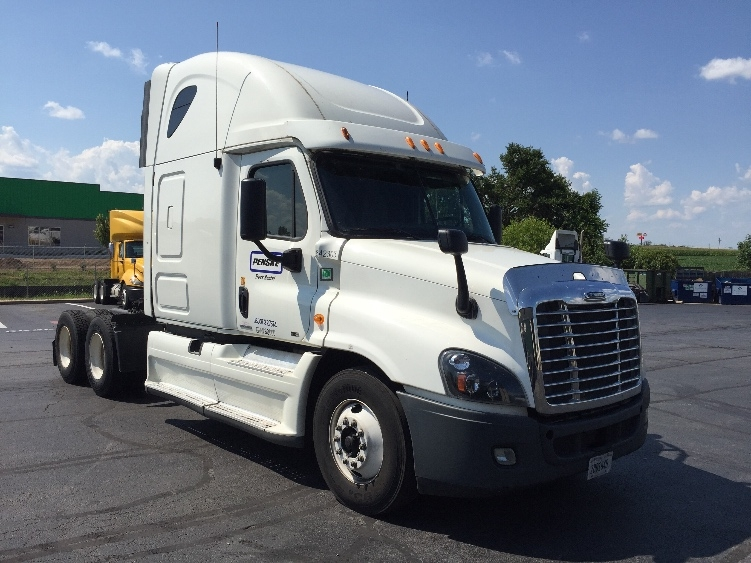 Sleeper Tractor-Heavy Duty Tractors-Freightliner-2013-Cascadia 12564ST-HARRISBURG-PA-359,880 miles-$54,000