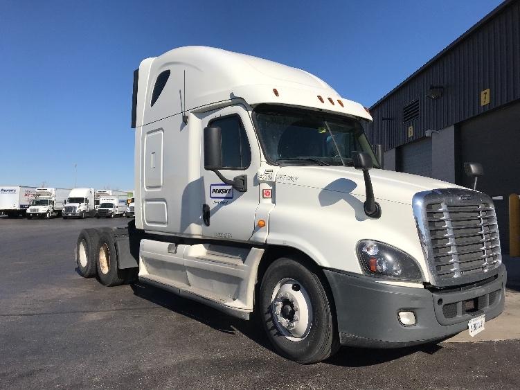 Sleeper Tractor-Heavy Duty Tractors-Freightliner-2013-Cascadia 12564ST-OKLAHOMA CITY-OK-587,667 miles-$42,500