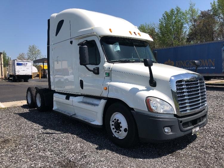 Sleeper Tractor-Heavy Duty Tractors-Freightliner-2013-Cascadia 12564ST-MEBANE-NC-619,659 miles-$33,500
