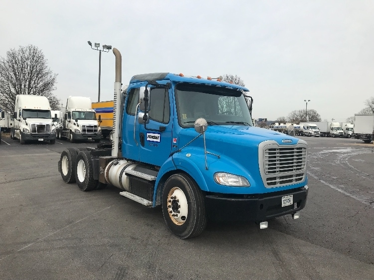 Day Cab Tractor-Heavy Duty Tractors-Freightliner-2013-M211264S-CHATTANOOGA-TN-551,820 miles-$34,250