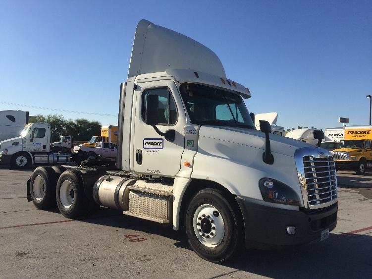 Day Cab Tractor-Heavy Duty Tractors-Freightliner-2013-Cascadia 12564ST-PHOENIX-AZ-219,520 miles-$52,000