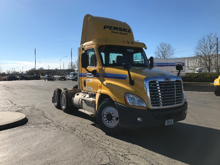 Day Cab Tractor-Heavy Duty Tractors-Freightliner-2013-Cascadia 12564ST-KANSAS CITY-MO-291,850 miles-$38,250
