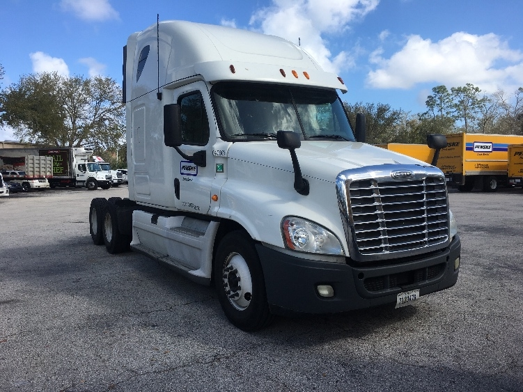 Sleeper Tractor-Heavy Duty Tractors-Freightliner-2013-Cascadia 12564ST-TALLAHASSEE-FL-606,449 miles-$47,000