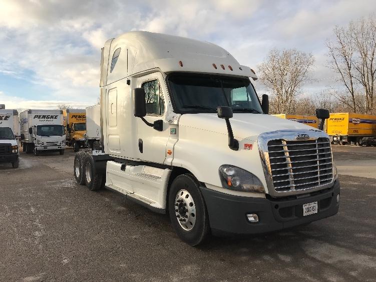 Sleeper Tractor-Heavy Duty Tractors-Freightliner-2013-Cascadia 12564ST-LANSING-MI-551,781 miles-$43,500