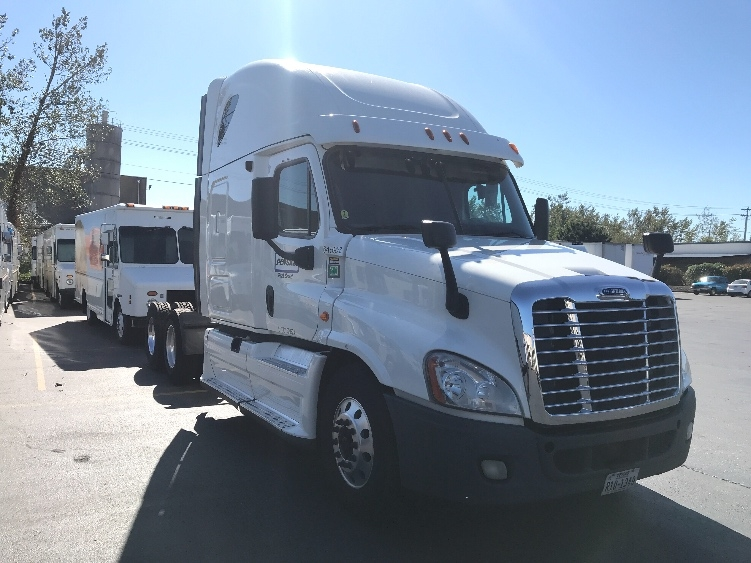 Sleeper Tractor-Heavy Duty Tractors-Freightliner-2013-Cascadia 12564ST-LAS VEGAS-NV-505,523 miles-$48,750