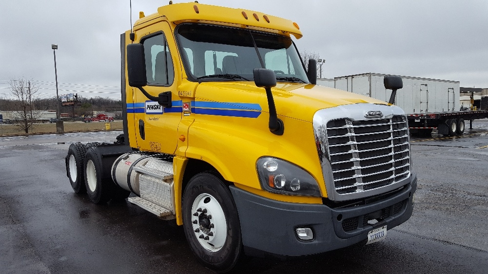Day Cab Tractor-Heavy Duty Tractors-Freightliner-2013-Cascadia 12564ST-MEMPHIS-TN-534,066 miles-$36,500